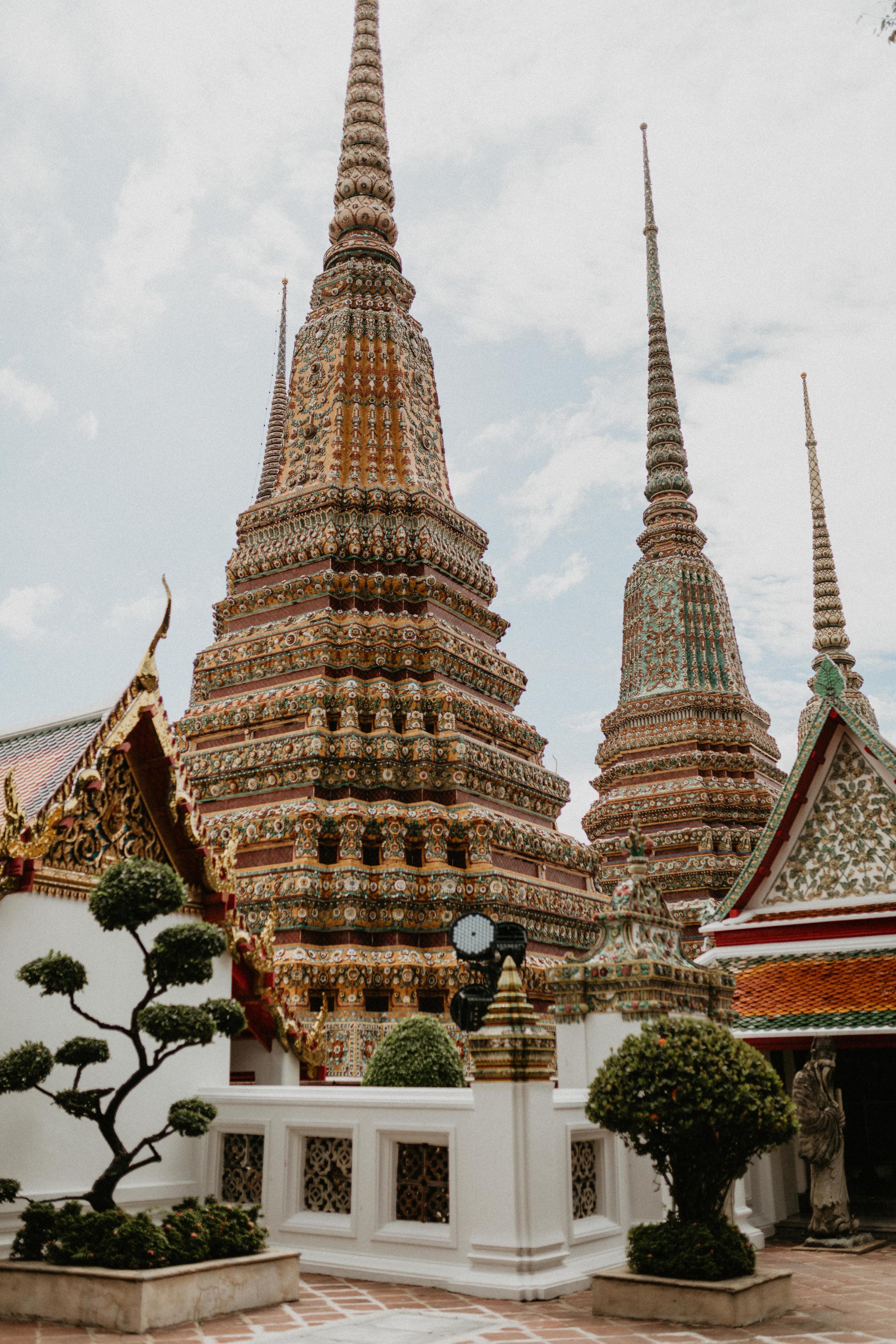 Prangs of Wat Pho.jpg
