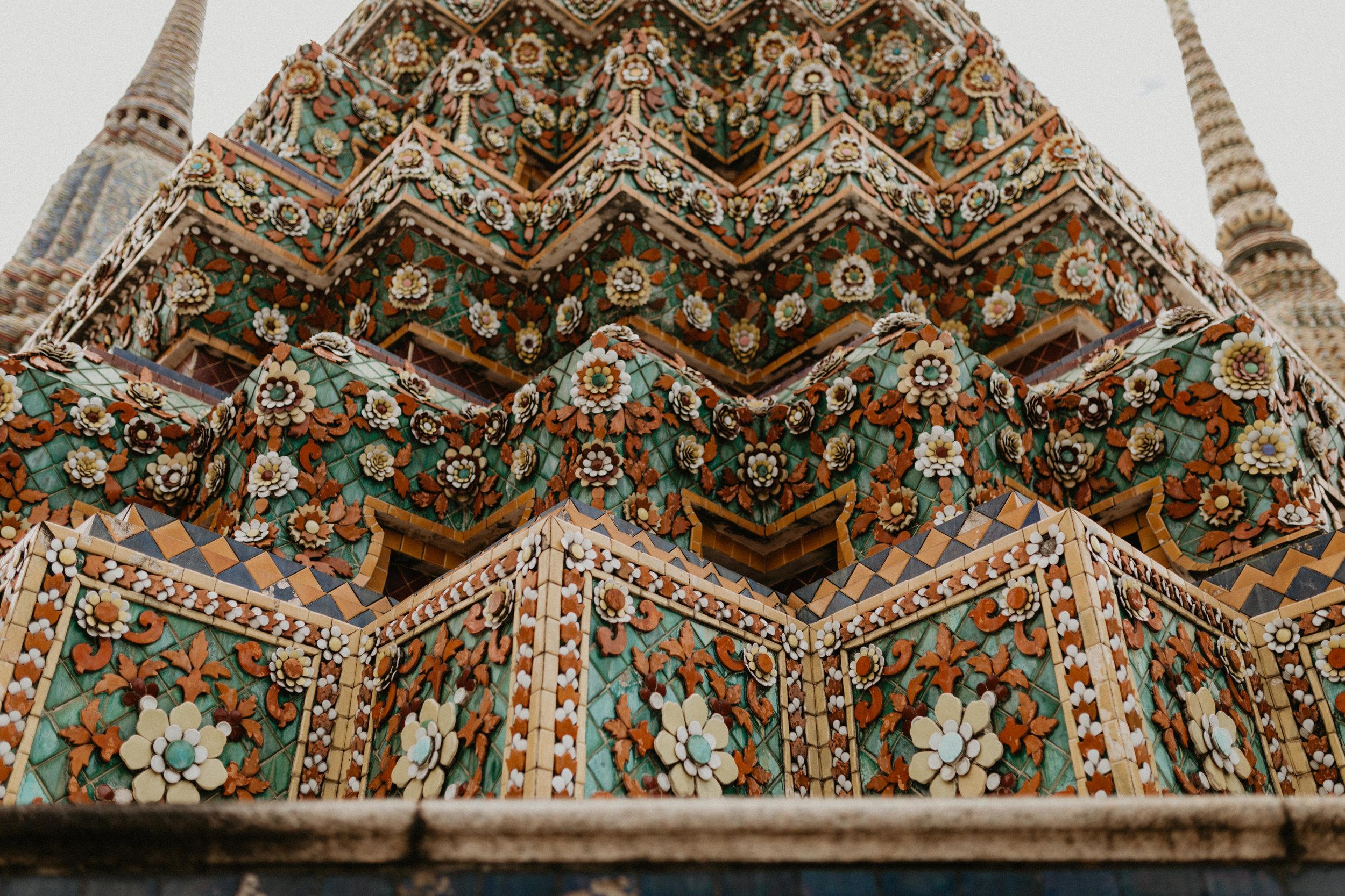 carvings and patterns at Wat Phra Chet.jpg