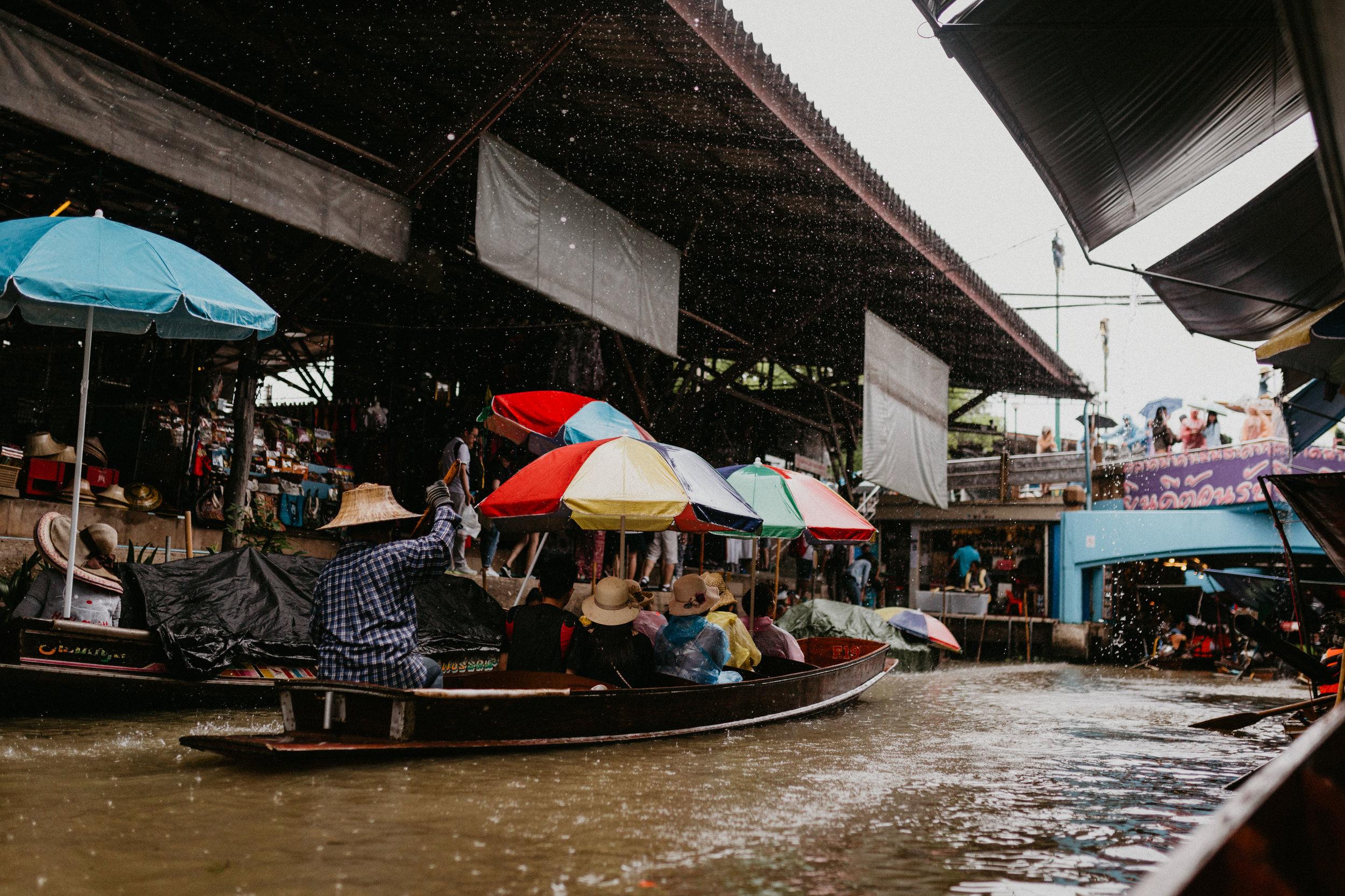 rain at the floating market.jpg