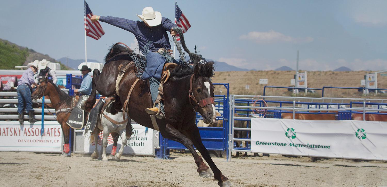 3_Saddle-Bronc.jpg