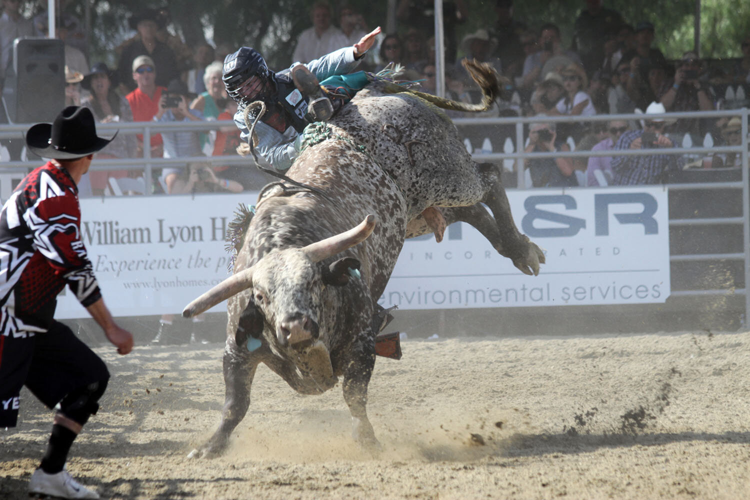 Cowboys Compete in Annual RMV Rodeo - Some of the best cowboys from across the country rolled into San Juan Capistrano this past weekend to take part in the Rancho Mission Viejo Rodeo.