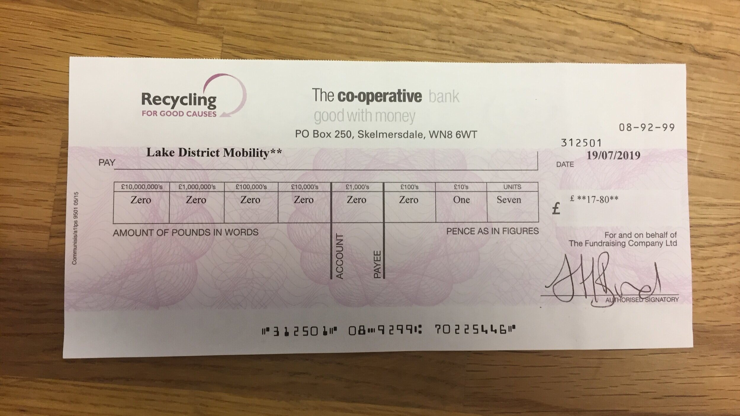 Recycling+for+Good+Causes_Cheque.jpg