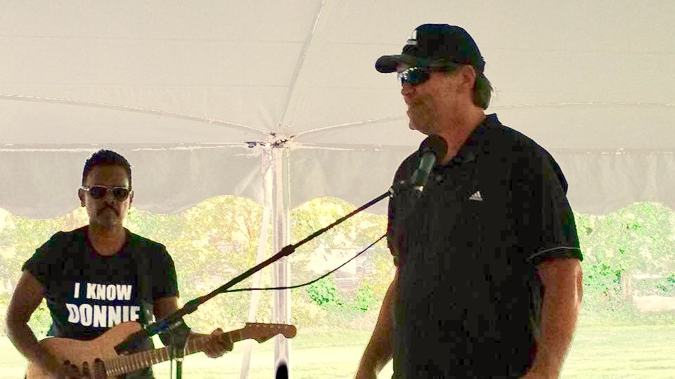 """With Live Band Karaoke at Canal Shores Golf Invitational. Steve McMichael and I doing Elvis """"Suspicious Minds"""". He was hilarious and nailed it. Supper cool dude. August 2017."""