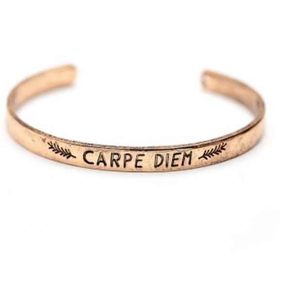 Our Carpe Diem cuff is on sale, for $10! This makes an excellent gift, reminding all of us to seize the day, and any opportunities that come our way! ❤️