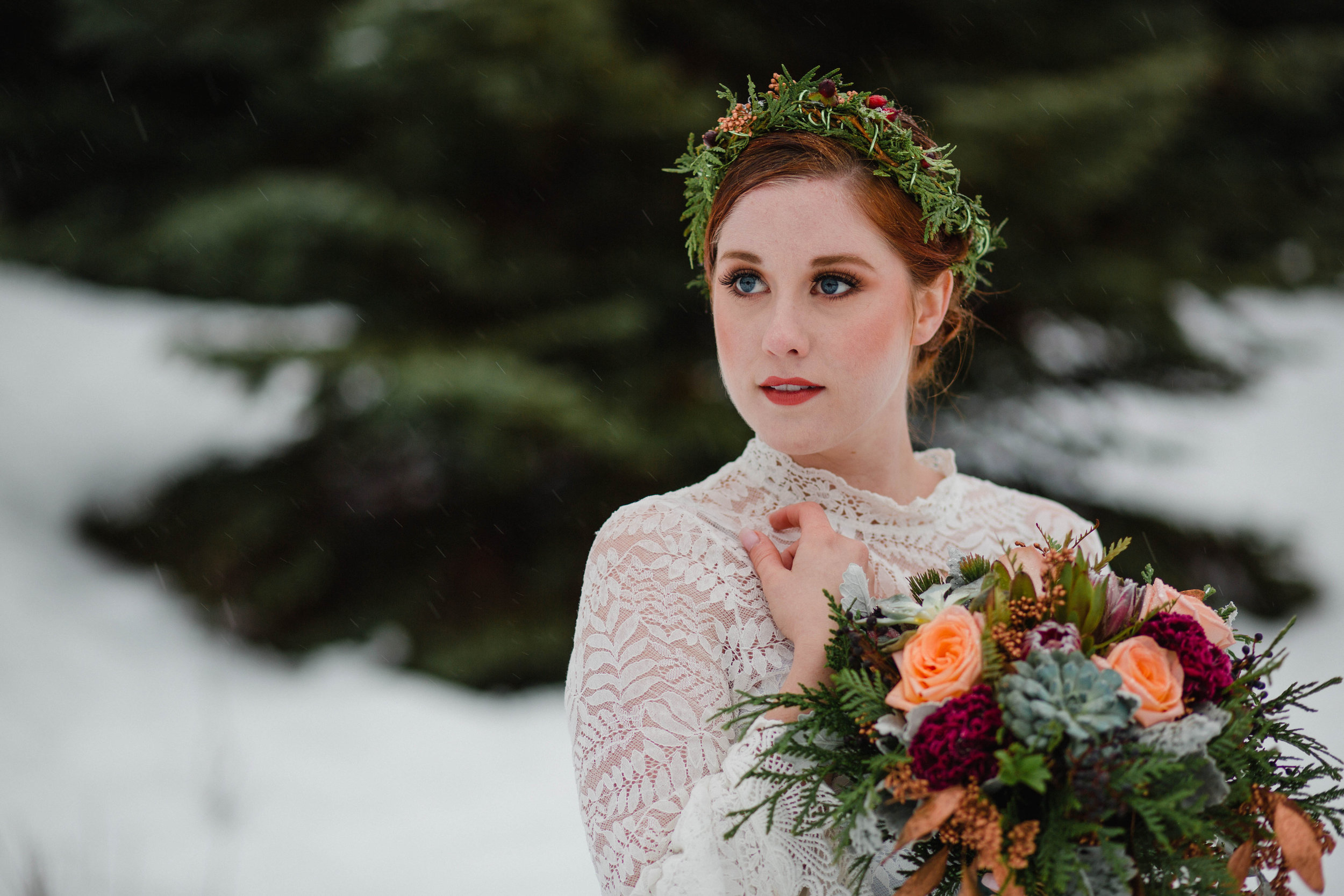 Gold Creek Winter Styled Wedding-0028.jpg