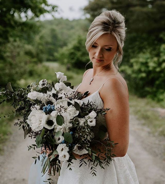 All the feels for this gorgeous bride! 💞 Makeup & hair by @vanessamonteithmua @glitzgalz  Photo by @lennyandhume . . . . #bride #wedding #makeup #hair #makeupandhair #mobile #mobilebeauty #weddinggoals #muskokamakeupartist #muskokawedding #muskokaweddings #newmarketwedding #newmarketmakeupandhair #weddingphotography #brideandgroom #bridalmakeup #bridalhair #weddingday #bridegoals