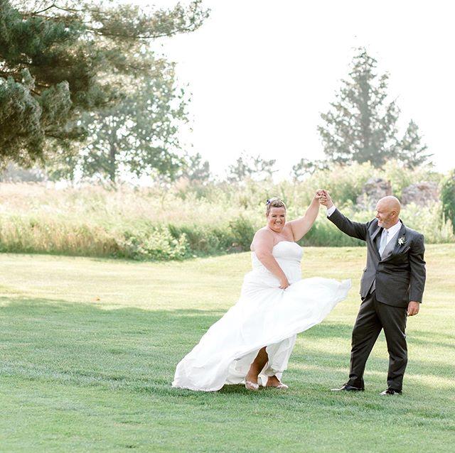 You make me feel like dancing.  Make-up by Julie Lynas @jugiefruit @glitzgalz hair by Anna @glitzgalz  Photo: @castleavenuephotography  Venue: @brookleagolf • • • #makeup #makeupartist #georgianbay #georgianbayweddings #muskokawedding #muskokaweddings #makeupandhair #bridalmakeup #bridalhair #weddingmakeup #weddinghair #muskokamakeupartist #muskokamakeupandhair #weddings #getupandglow #newmarketmakeupartist #newmarketweddings #barrieweddings