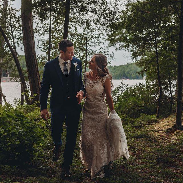 True romance 💞 Photo by: Peggy Skof  Hair by Anna @glitzgalz and make-up by Ana @glitzgalz • • • #makeupartist #hairstyles #bridal #bride #makeup&hair #mobile #wedding #mobilemakeupandhair #bridalmakeup #bridalhair #weddingmakeup #weddinghair #muskokabride #naturalmakeup #muskokawedding #muskokaweddings #barrieweddings #newmarketweddings #georgianbayweddings #yorkregionweddings #getupandglow