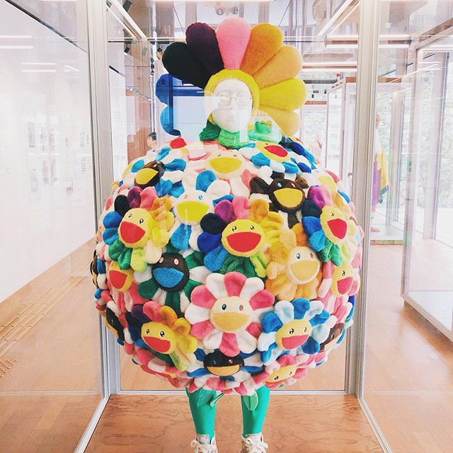 Murakami is the original May Queen @takashipom @midsommarmovie 🌻🌸🌼🌸 (A very niche caption lol)