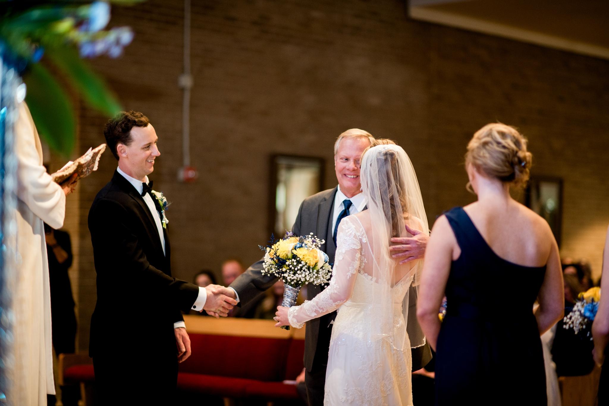 Chateaux at Fox Meadows Wedding_0018.jpg