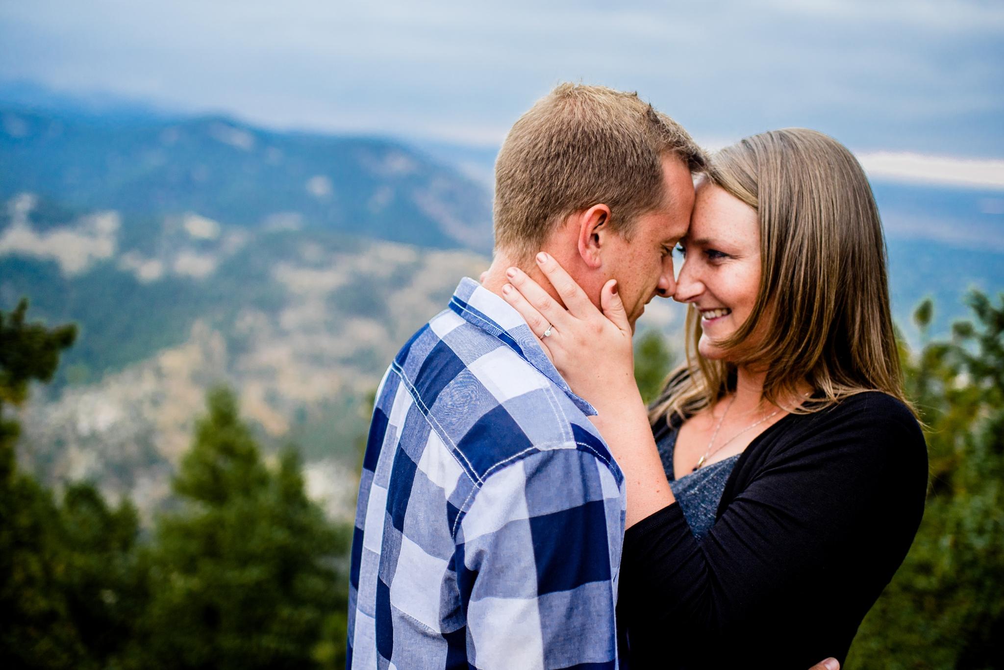 Flagstaff Mountain Engagement Photos_0014.jpg