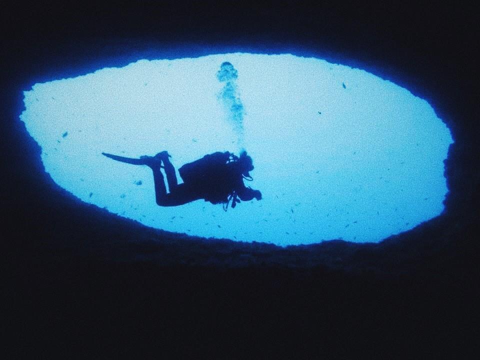 grotta .jpg