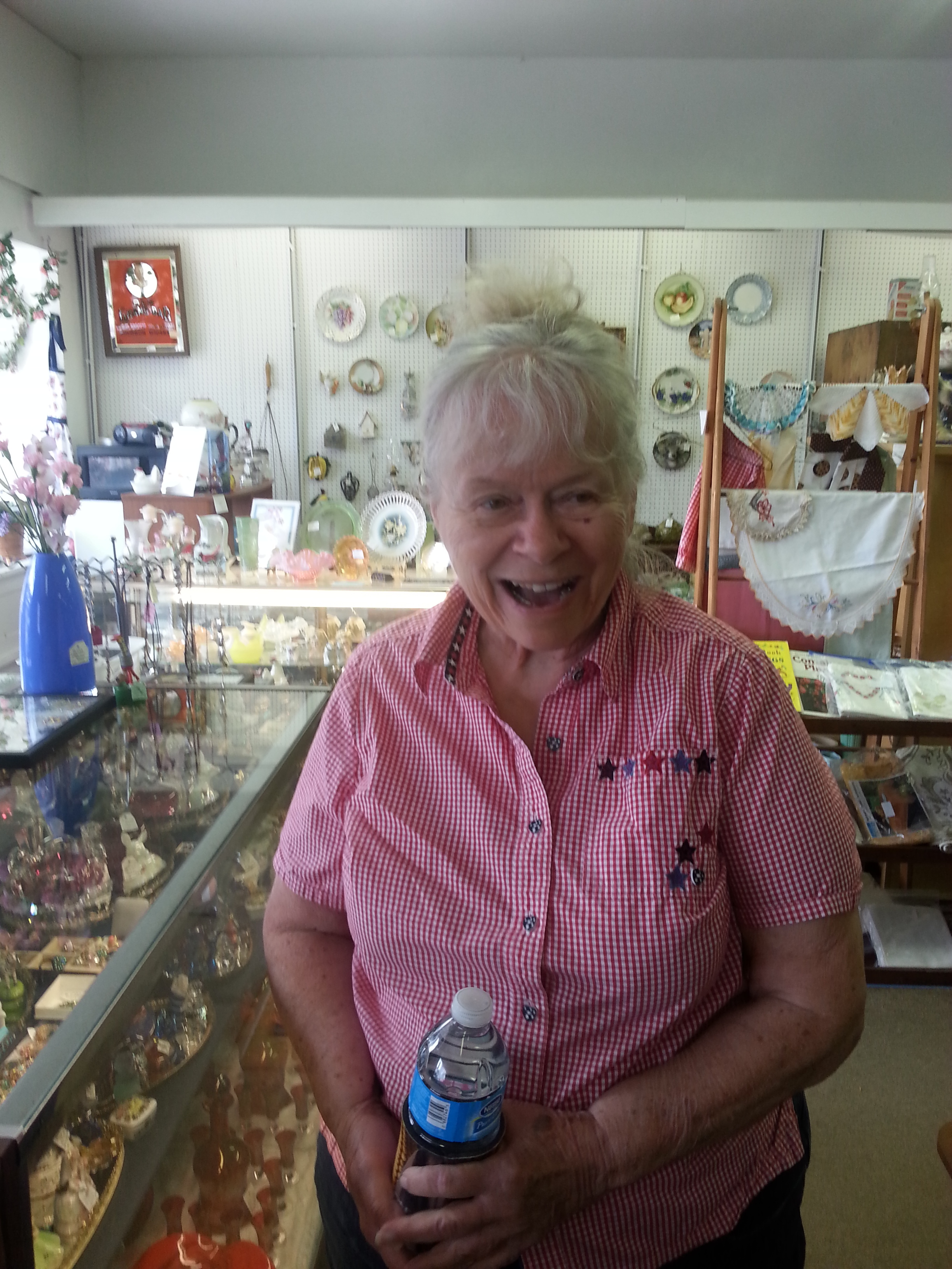 - Marlene has great taste for the primitives both in metal and wood. She also carries a fun line of sewing related items.