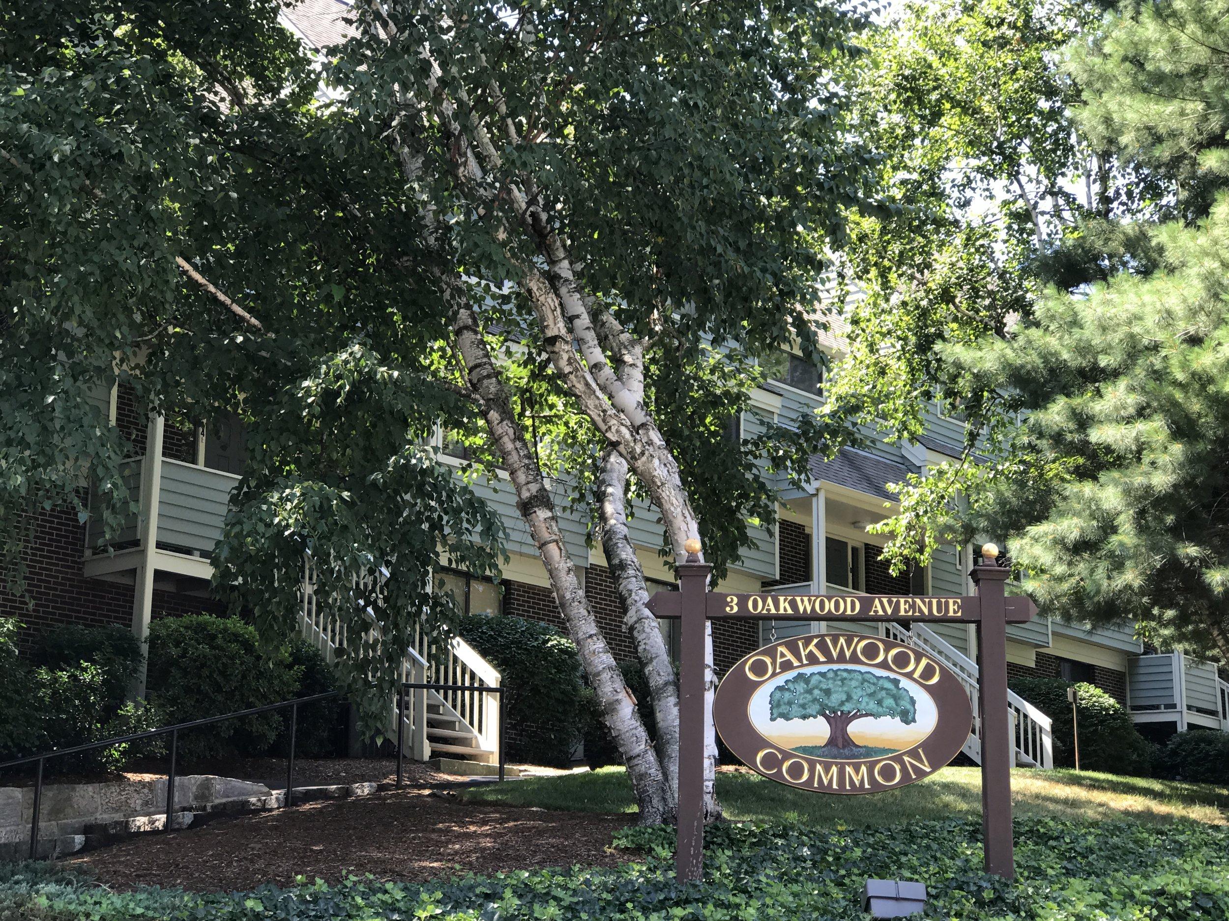 3 Oakwood Avenue, Norwalk CT  Blue Trail Realty represented the buyers of 3 Oakwood Avenue in Norwalk.