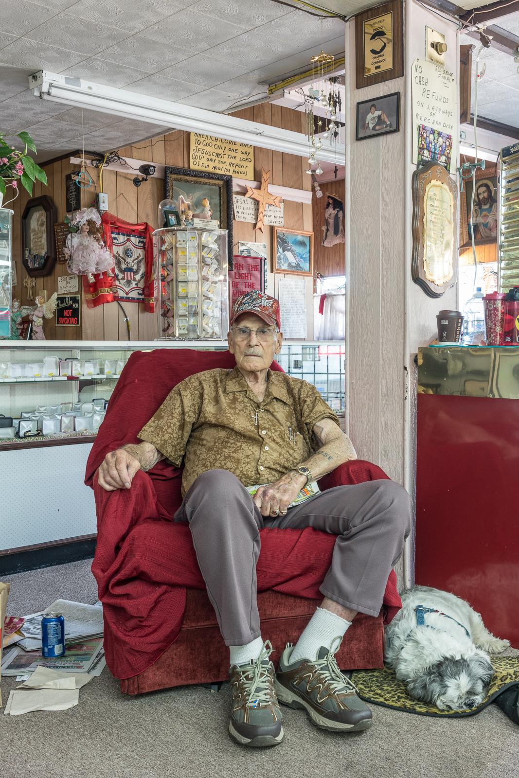 Augie at the Jewelry Shop, De Soto, Missouri, 2017 © Nate Larson