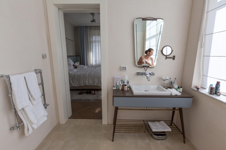 Room 107, Tel Aviv,  2015 ©  Danielle L Goldstein