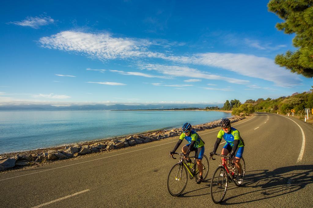 Road Biking in Nelson Tasman