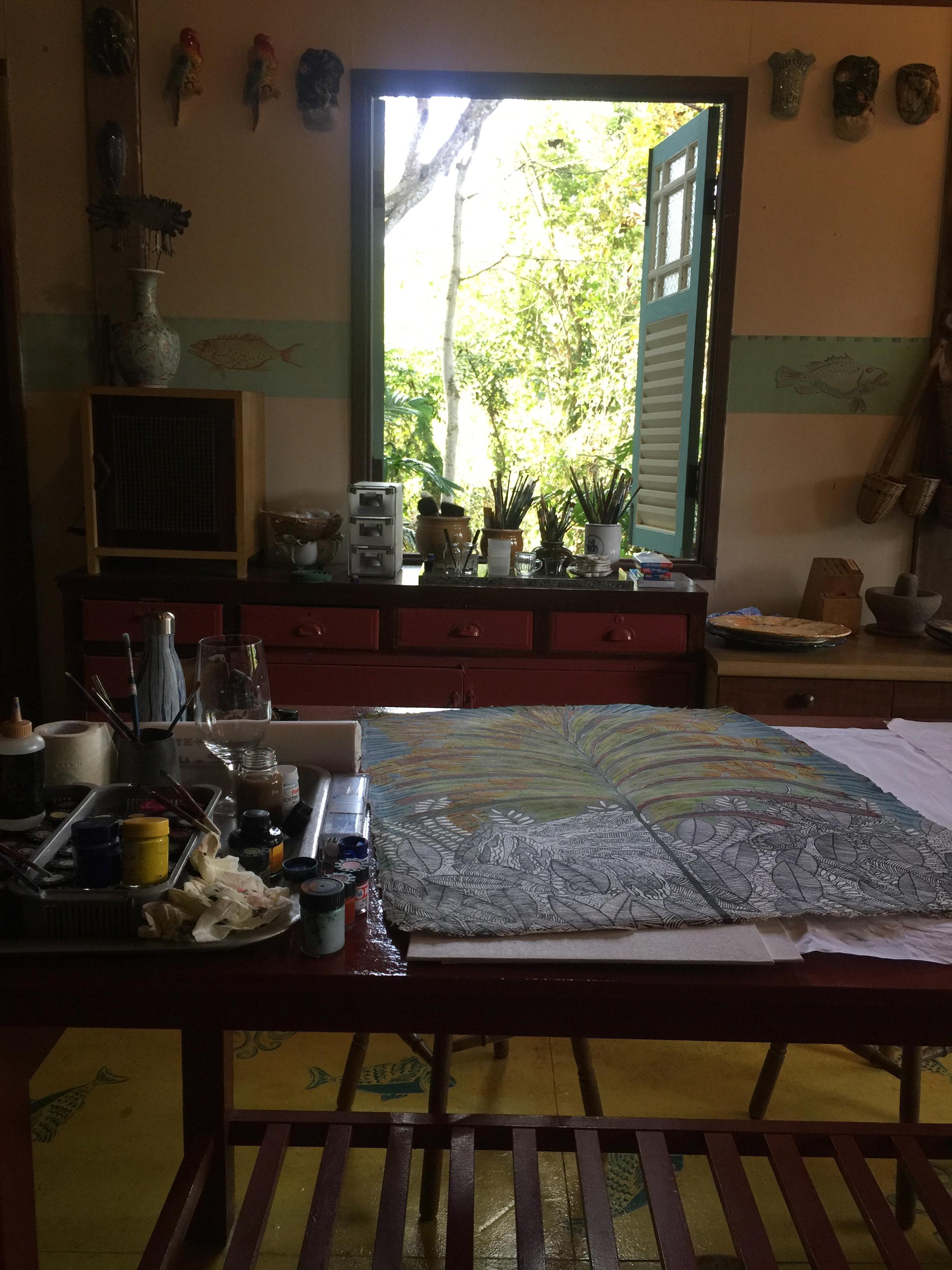 Kitchen table top art studio at Tiger Rock.
