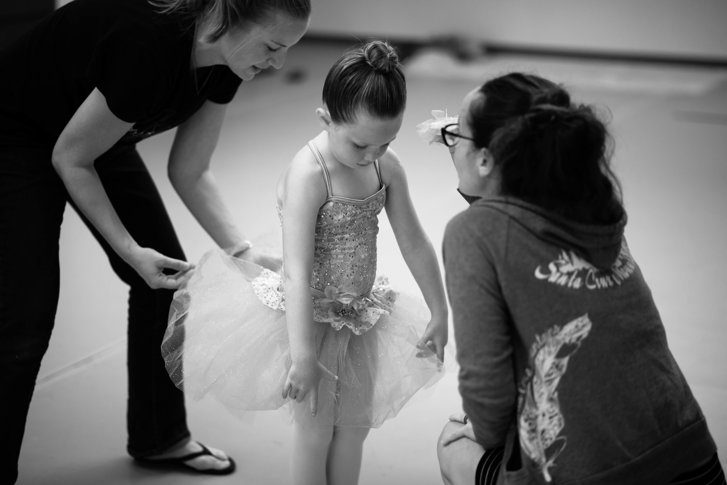 Petites 5, 6, 7 yrs - This class greatly builds on the ballet basics established in the former Petite level class. This class introduces a higher degree of technique preparing students for graduation into the graded levels in Agape Dance Academy.They will be introduced to barre work, light muscle building, and fun choreography and an opportunity for lead roles in our annual Petite Nutcracker.