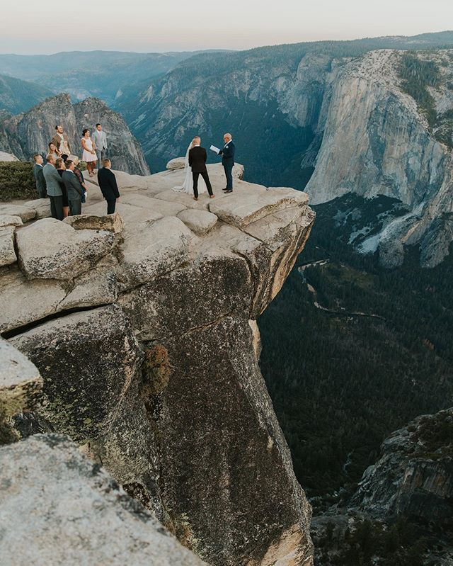 The most insane and humbling wedding last week in Yosemite second shooting for @petermorningweddings. This is my dream and has been since I started this. I go outside to quiet my mind and get away, doing weddings in these wild places makes my heart happy. To top it off, this was the best group of people who welcomed us immediately and didn't make it feel like work. We spent the whole 3 days hanging out with them, both with and without our cameras. That's the goal, to be a guest and be present just as much as I am working and professional. I love this job and the places it takes me and the people I get to meet. This is my why. ✨