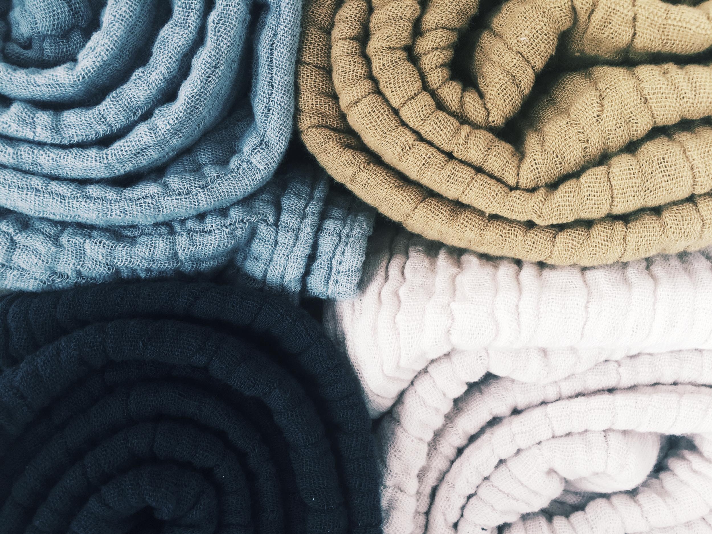 petit_stellou_nooshi_blanket_colors_MOOD.jpg