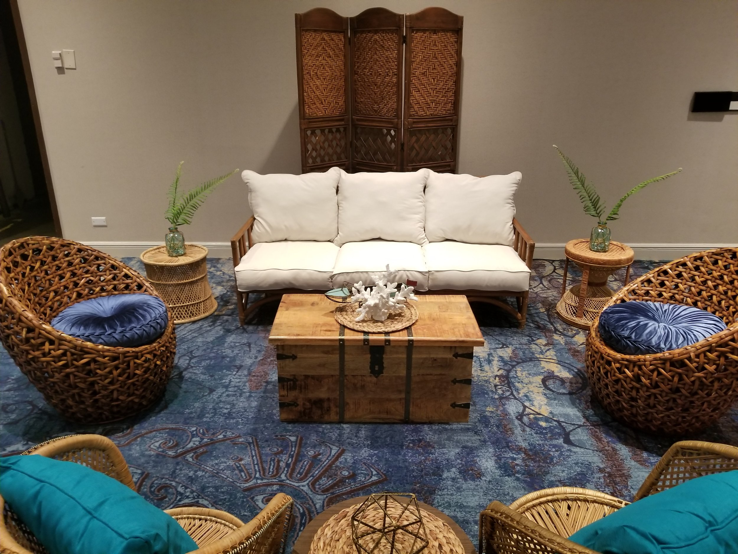Tropical Blue Rattan Lounge 2