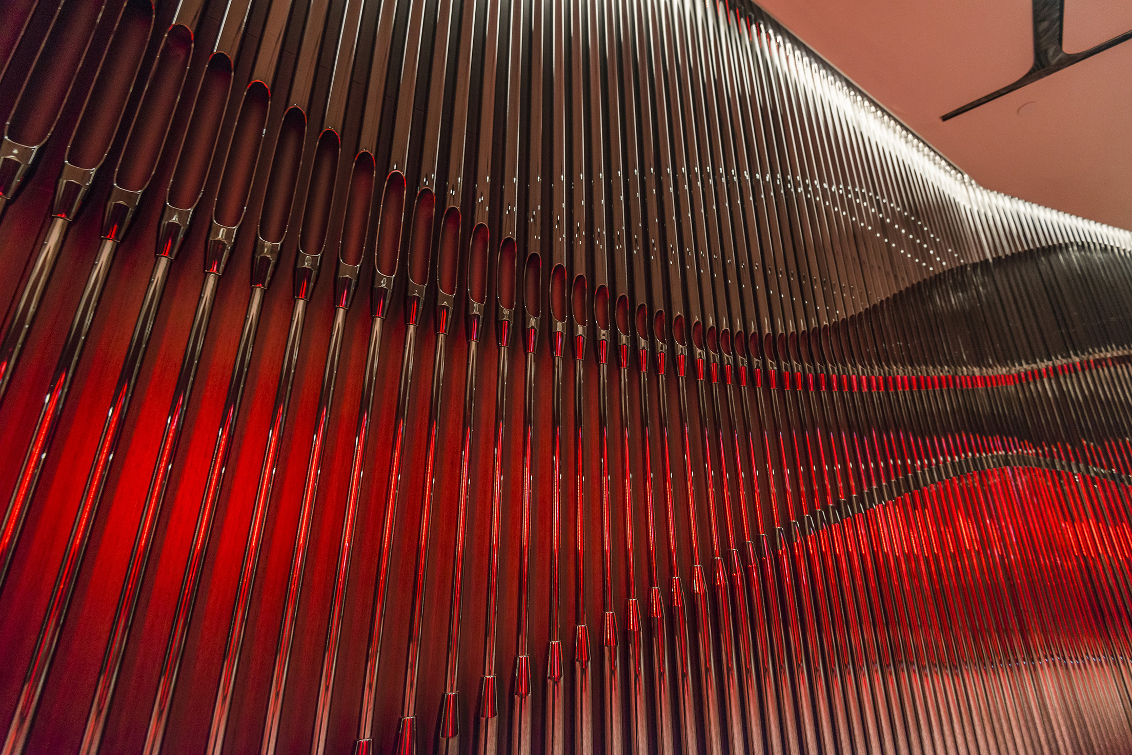 jeb-customprojects-metal-screen-morpheus-hotel-macau-07.jpg