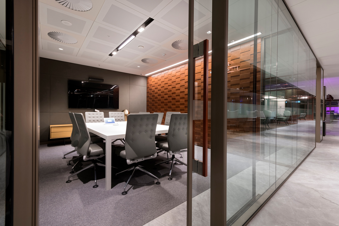 jeb_group-partitions-x-series-westpac-office-au-03.jpg