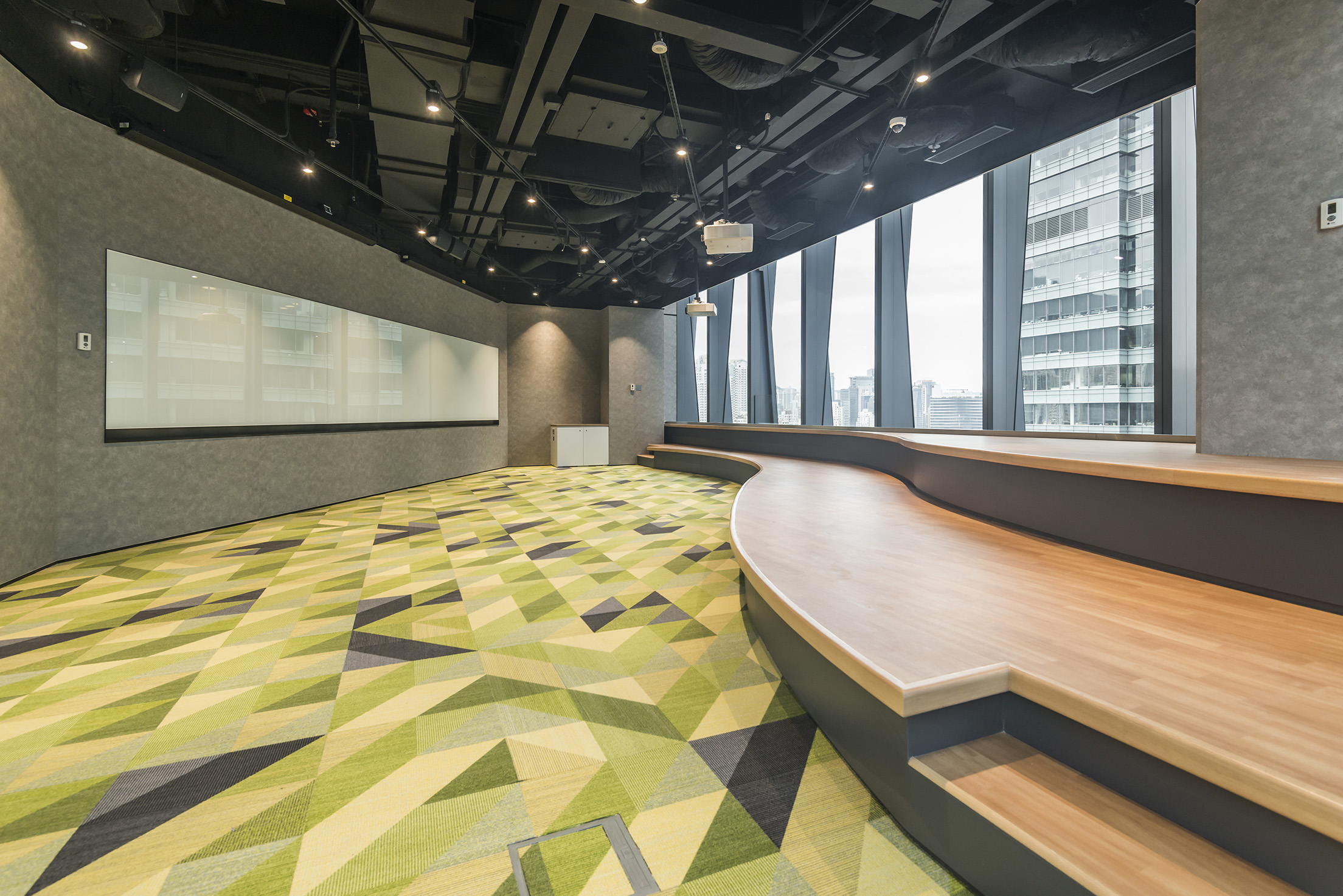 jeb-architecturalfinishes-compac-forbo-resinpanel-office-hk-08.jpg