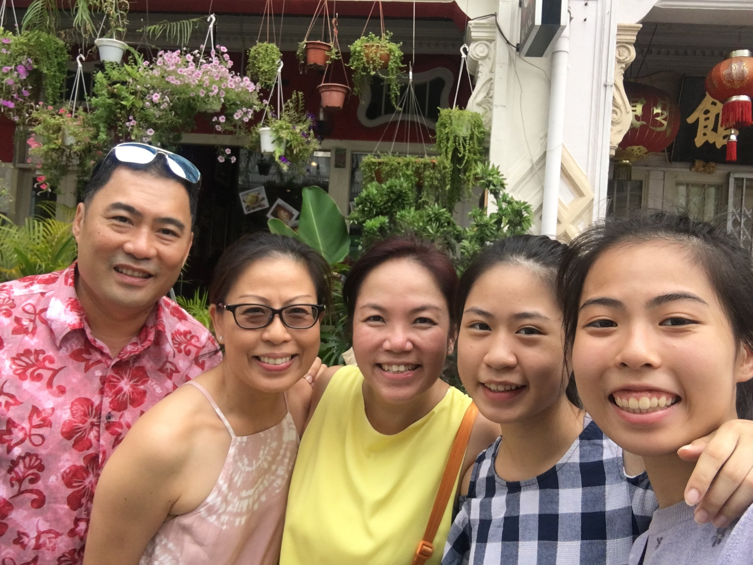 Growing Up In Keong Saik Tour Goh Famly.JPG