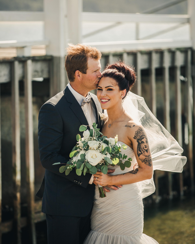 Josh and Courtney Pakes-300.jpg
