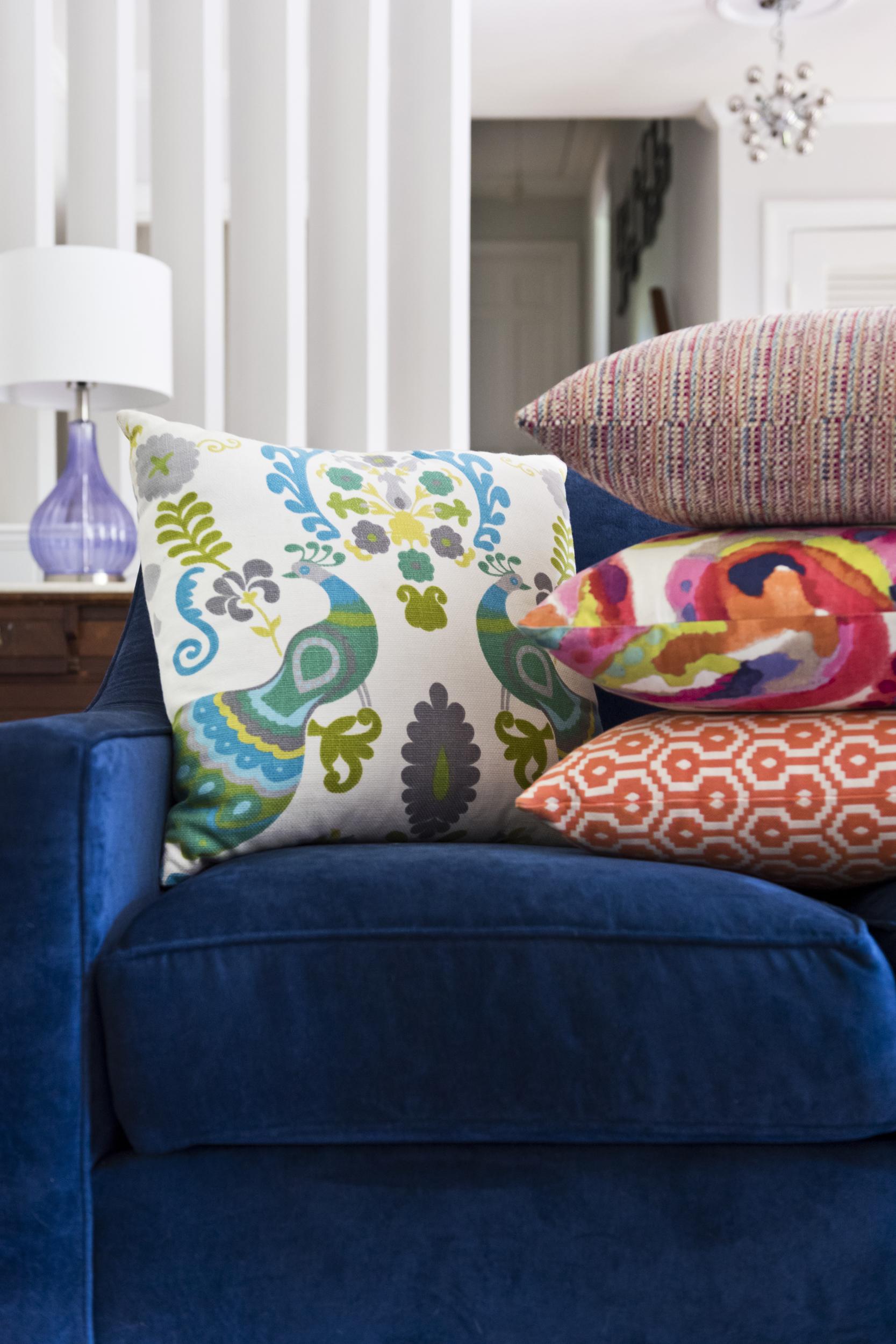 Colorful pillows - Richmond Interior Design