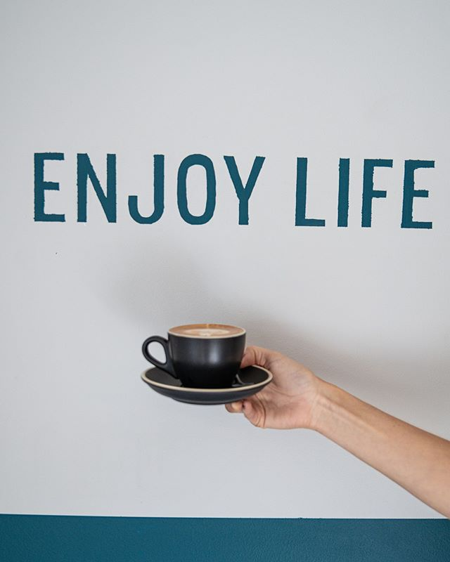 Enjoy life you say? How can we not when @dickis.newfarm is serving up perfect brews like this! It really doesn't get much better 😉☕ For all wholesale enquiries email: TRENT@BEARBONES.COM.AU  #SpecialtyCoffee #CoffeeRoasters #Dickis ↓ ↓ ↓ #specialtycoffee #coffee #specialtycoffee #latteart #patiodried  #coffeetime #brisbaneanyday #fortitudevalley #probat #roasting #compakgrinders #brisbanefoodie #brisbanecoffee #greenbeans #blend #singleorigins #brisbanecoffeescene #goldcoastcoffee  #coffeeaustralia #newzealandcoffee #baristalife #baristadaily #barista #coffeegram #instacoffee #coffeeart #coffeelife
