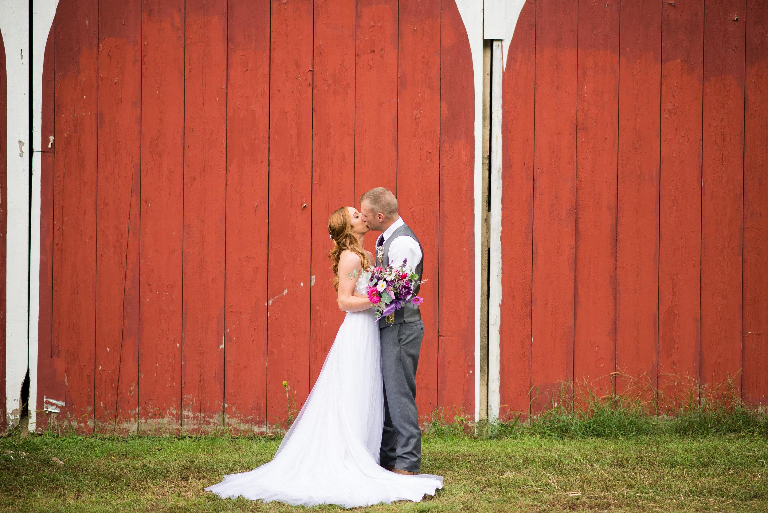Nicole Josh Wedding-Bride Groom Portraits-0037.jpg