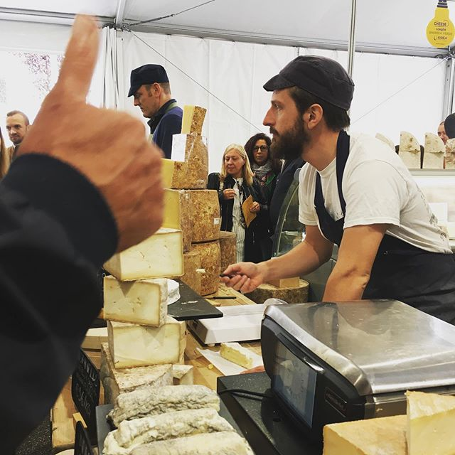 Highfields & Innes Log on the @neals_yard_dairy stand Cheese, Bra, Italy. Great cheese festival. Like the unintended thumbs up! #cheese19 #naturalcheese #rawmilkcheese #slowfoodhq
