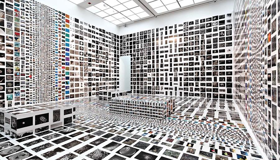 Massive Change Exhibition. Photo © Bruce Mau Design