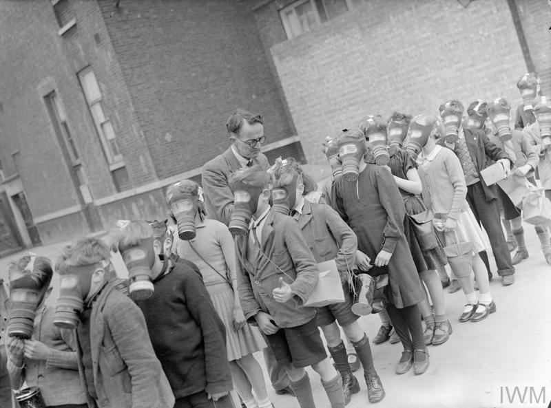 London Schools in Wartime: School Life in London, England, 1941 © IWM (D 3162)