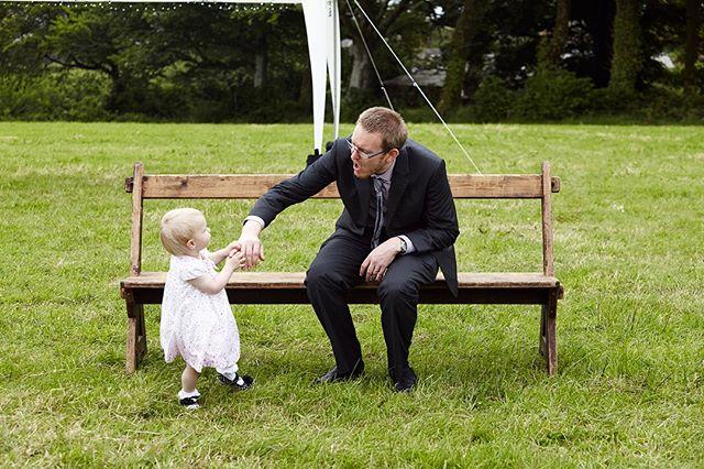 Who's the boss?! ⠀⠀⠀⠀⠀⠀⠀⠀⠀ .⠀⠀⠀⠀⠀⠀⠀⠀⠀ .⠀⠀⠀⠀⠀⠀⠀⠀⠀ .⠀⠀⠀⠀⠀⠀⠀⠀⠀ .⠀⠀⠀⠀⠀⠀⠀⠀⠀ .⠀⠀⠀⠀⠀⠀⠀⠀⠀ .⠀⠀⠀⠀⠀⠀⠀⠀⠀ .⠀⠀⠀⠀⠀⠀⠀⠀⠀ .⠀⠀⠀⠀⠀⠀⠀⠀⠀ #preciousmoments #candidshot #reportage #familydynamics #daddydaughter #magicalmoments  #weddingphotography #weddingphotographer #wedding #weddingday #love #bride #brideandgroom #weddinginspiration #weddingideas #weddingphotos #weddingphotographerfrome #weddingphotographersomerset #weddingdress #marriage  #happilyeverafter #junebugweddings #theknot #fearlessphotographer #huffpostweddings #casualwedding #diywedding #alternativewedding #relaxedwedding #documentaryweddingphotography