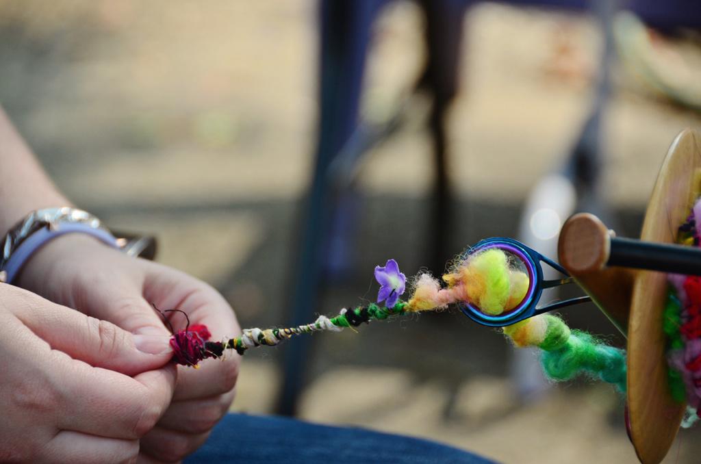 222-Handspun-spinning-art-yarn.jpg