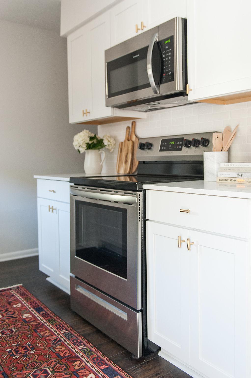 Kitchen_flip-5.jpg