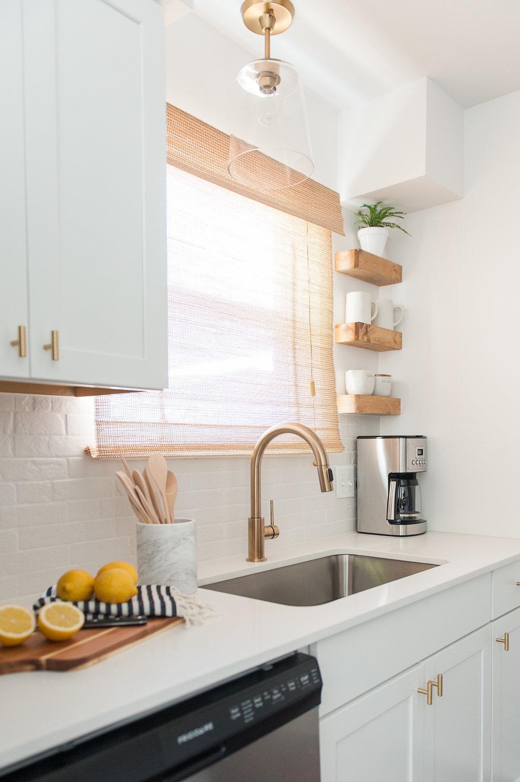 Kitchen_flip-1.jpg