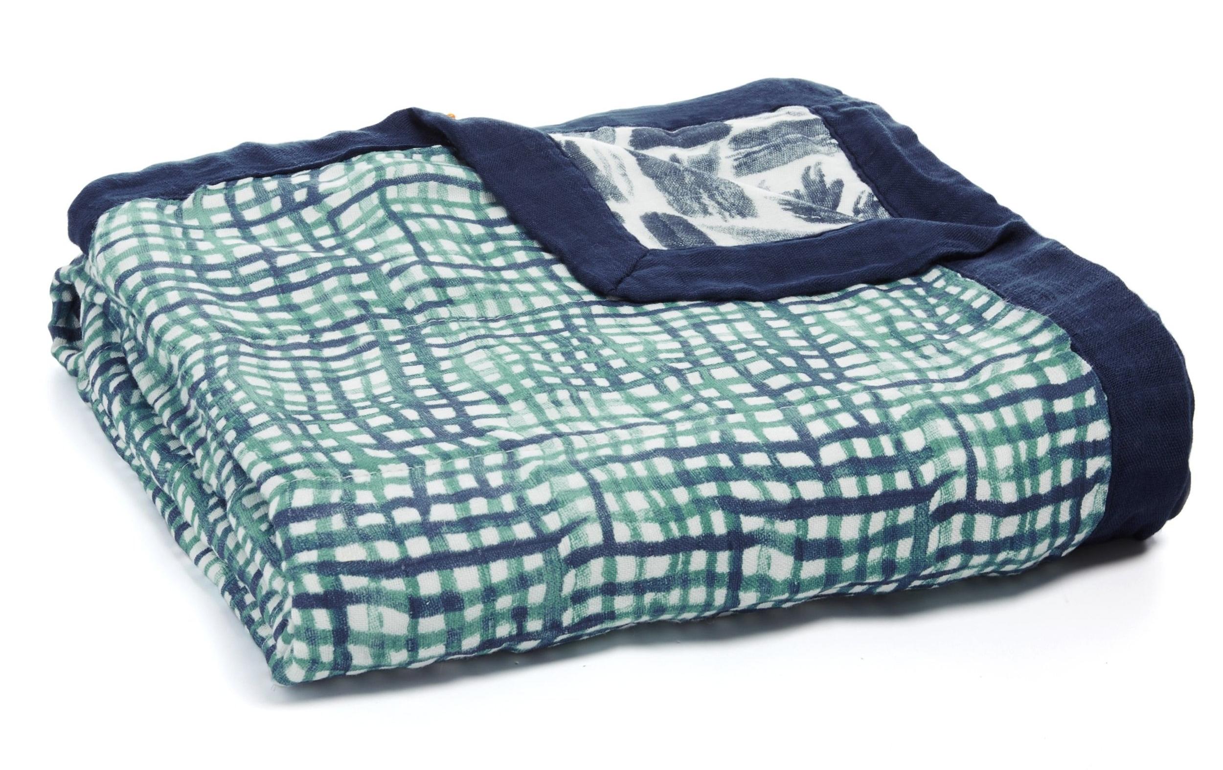 aden-anais-baby-silky-soft-dream-blanket-seaport_1-9326.jpg