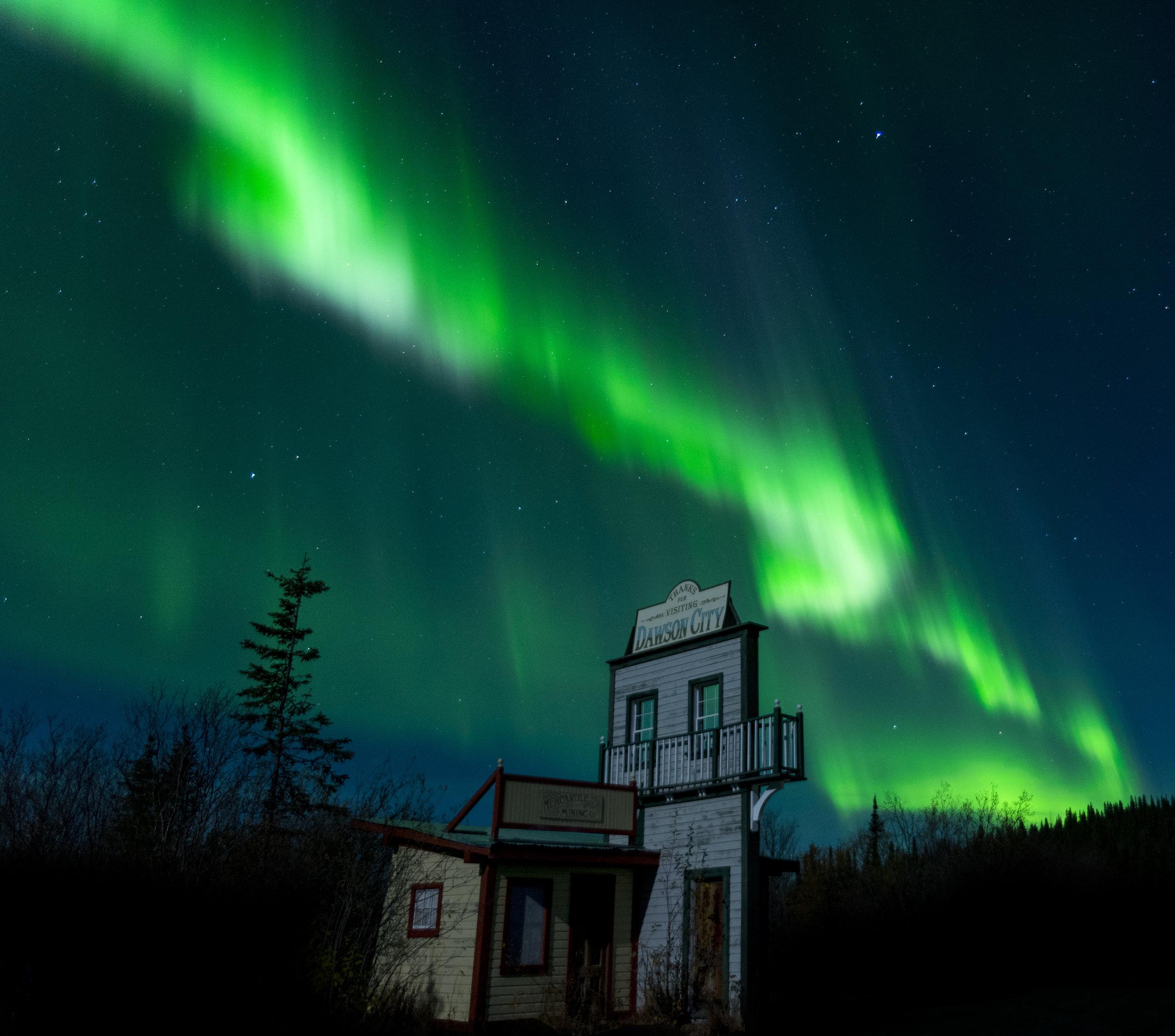 Dawson city northern lights photography workshop