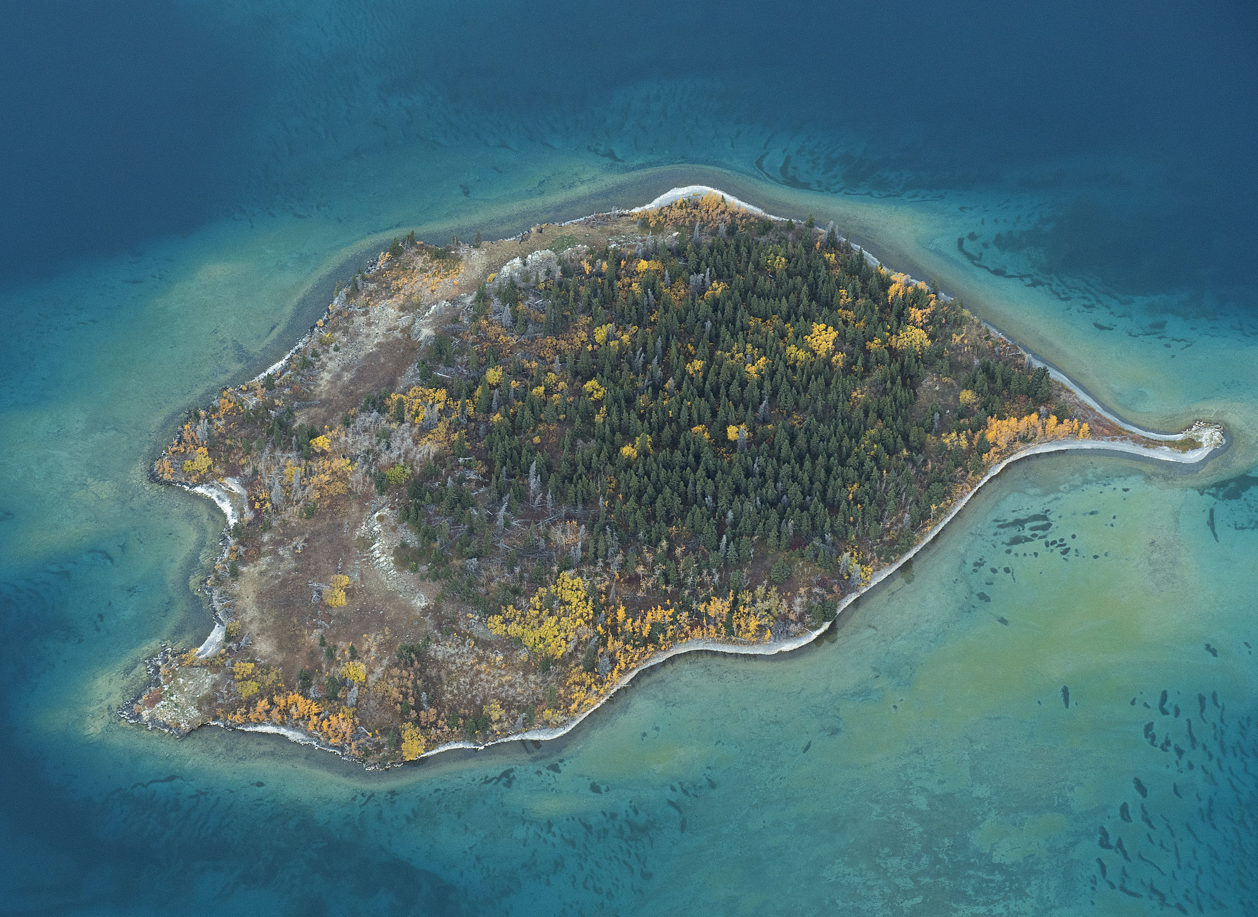 tropical island klaune lake .jpg