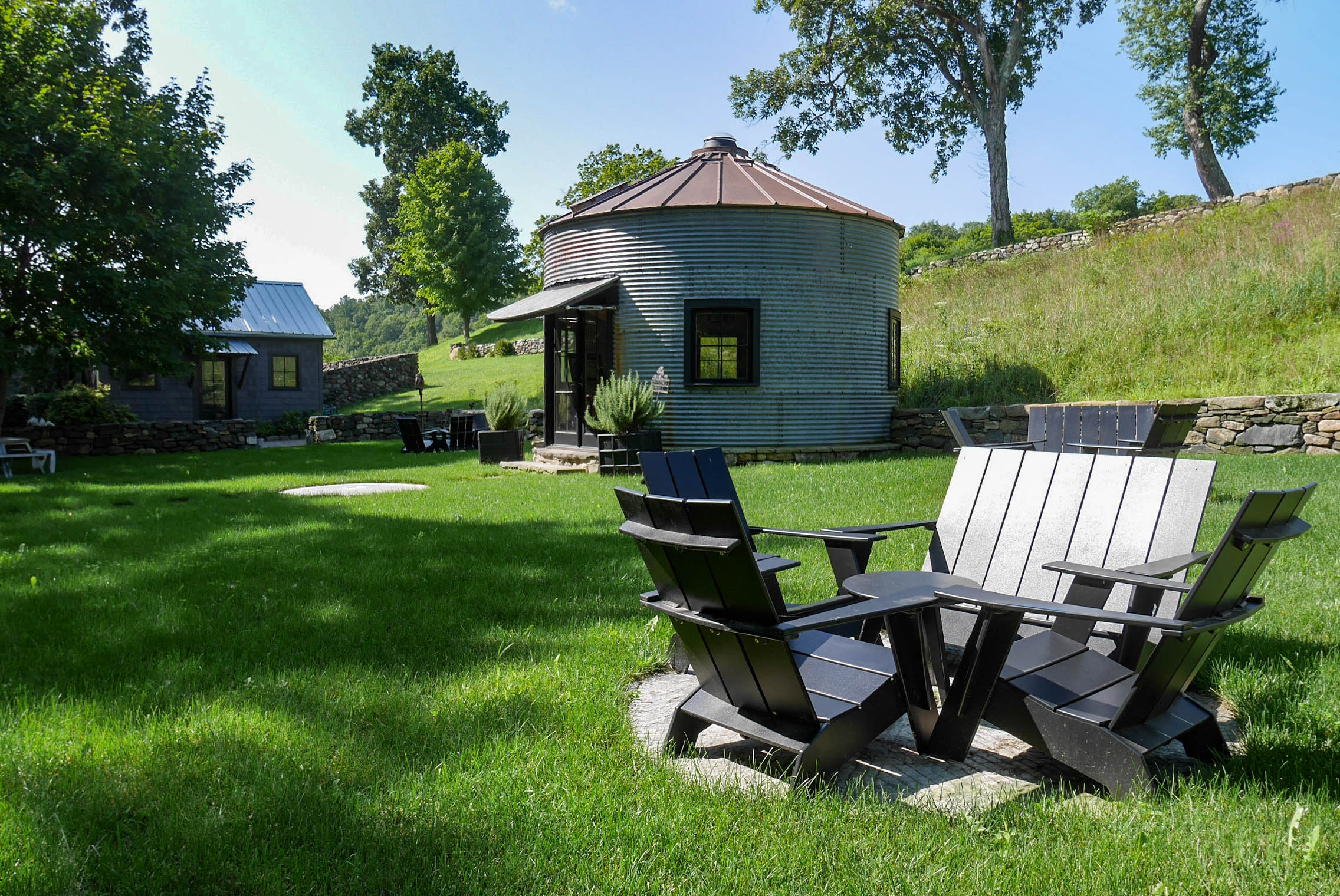 Spring Hill Vineyards - New Preston, CT