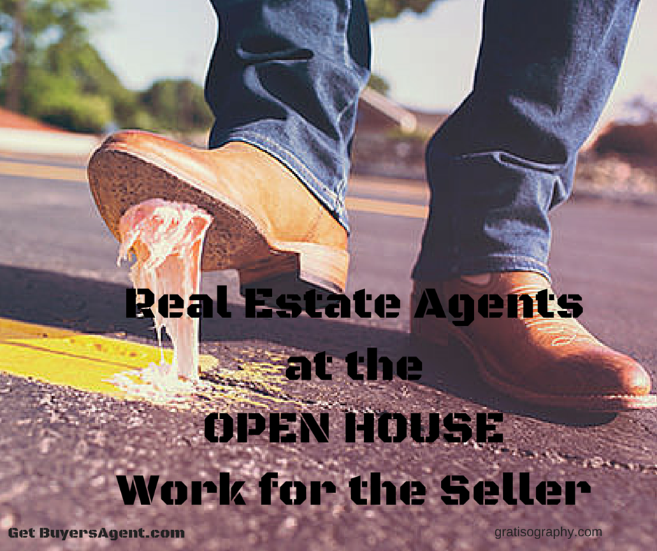 agents_at_the_open_housework_for_the_seller_free_gratisography.com1_940.png