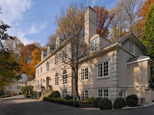 OWN REW Buyer's Edge Luxury Homes for sale Mclean, VA Buyersagent.com VA, DC, MD Mansion.jpg