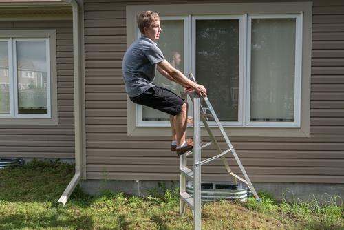 OWN shutterstock_685335196 Falling Off Ladder Buyer's Edge Best Contractors List.jpg