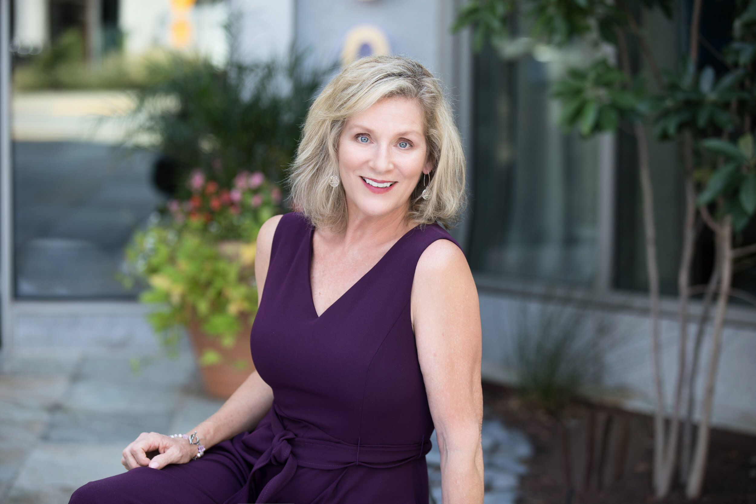 Victoria Henderson is a Vice President, Associate Broker and a true exclusive buyers agent. She is one of the most trusted and experienced Realtors in the DC metro area.