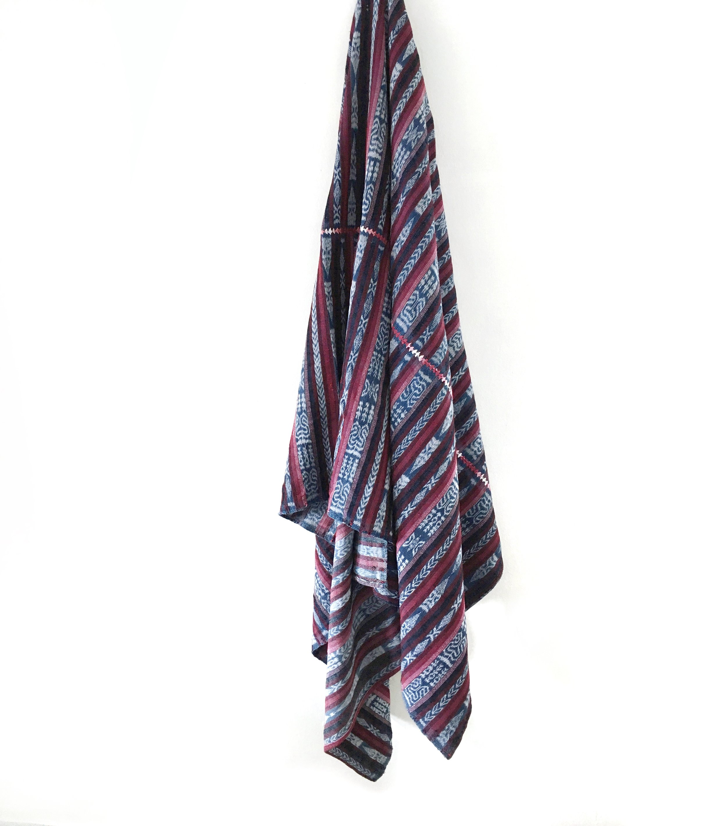 Vintage Corte Throw - Santa Cruz
